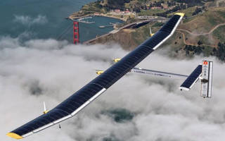 Изобретен самолет, работающий на солнечных батареях